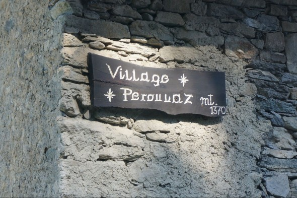 Village Peroulaz in Pila